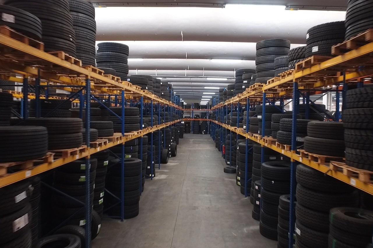 FortPneus investit dans un nouvel entrepôt