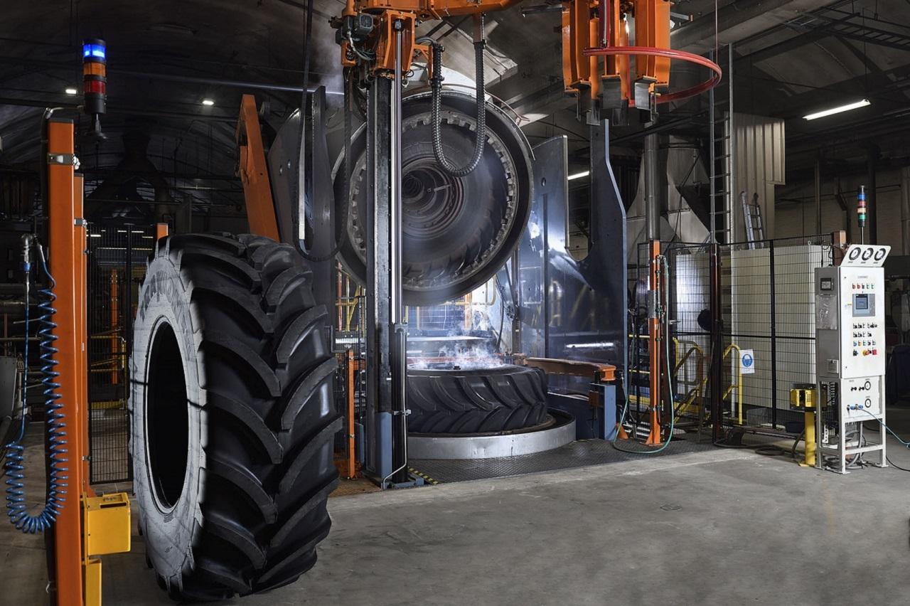 Pneus agricoles : Apollo Vredestein renforce son usine néerlandaise